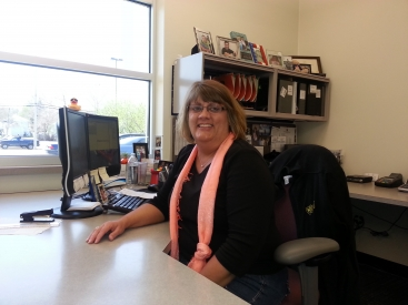 Lora Mohling <br /> Service Manager